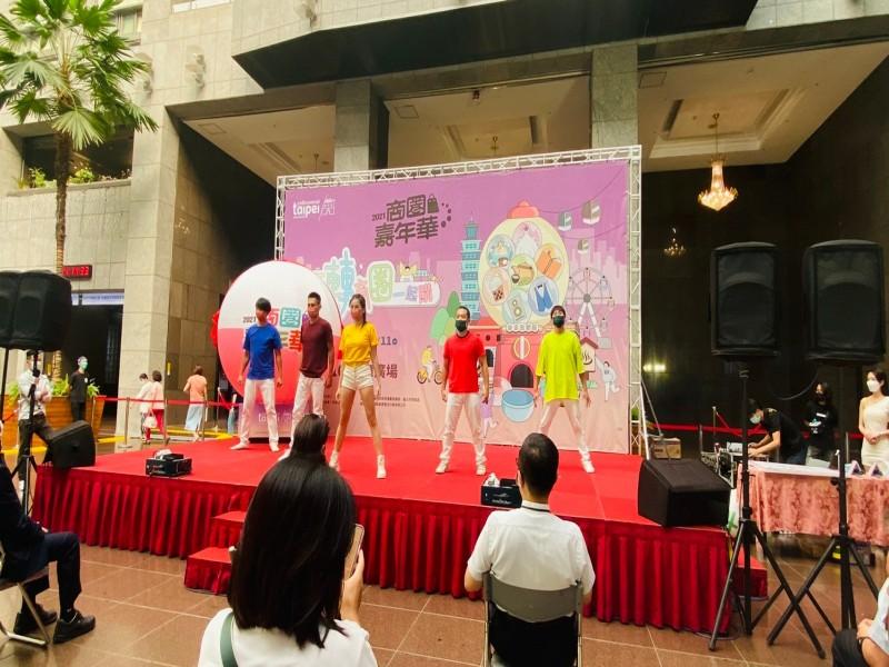 LINE_ALBUM_211005-商圈嘉年華啟動記者會_211005_8