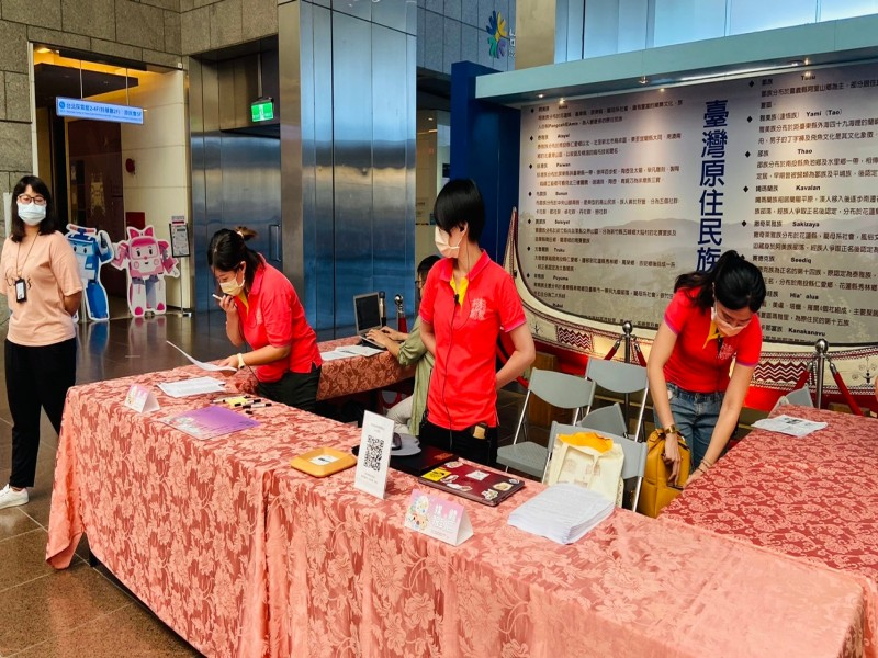 LINE_ALBUM_211005-商圈嘉年華啟動記者會_211005_15
