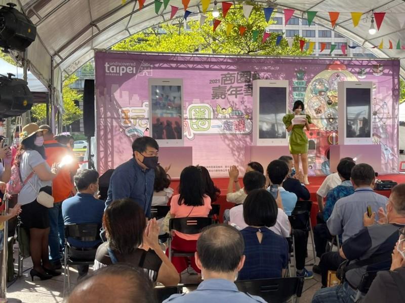 LINE_ALBUM_211009-商圈嘉年華生活祭開幕活動_211011_152